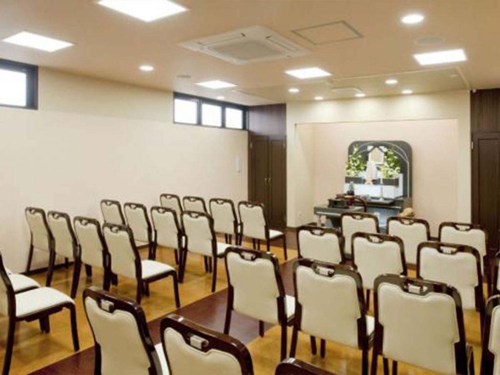 平安会館南陽富田斎場親族控室