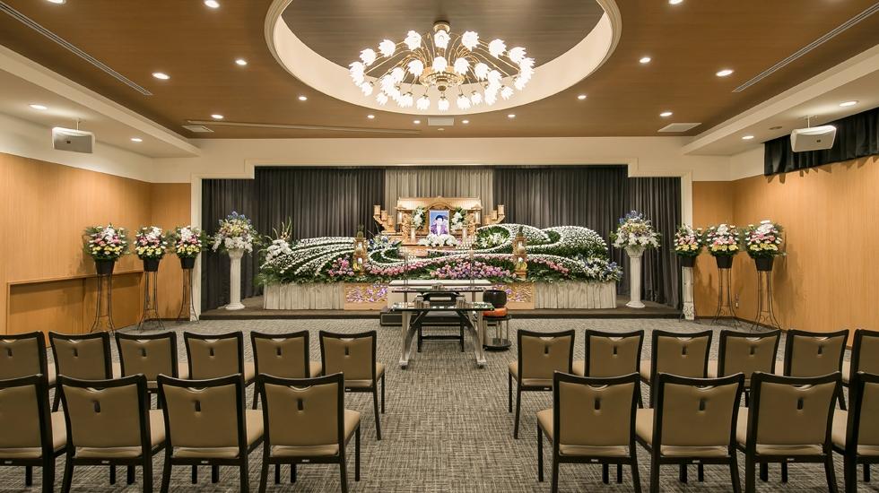 北大阪祭典の式場(ホール) の写真。宗派や規模を問わず葬儀を執り行うことができる