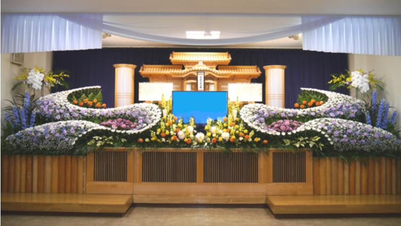 東大阪市にある葬儀場・メモリアルホール久宝殿ホールの内観写真
