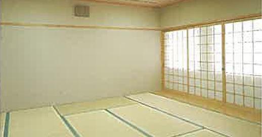 瓜破斎場の式場棟内にある畳敷きの親族控え室
