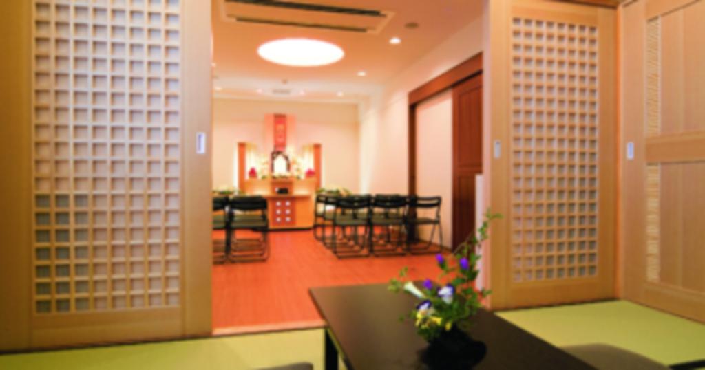 あいネットホール千代田の式場「月光」10~15名収容可能の家族葬に適した式場