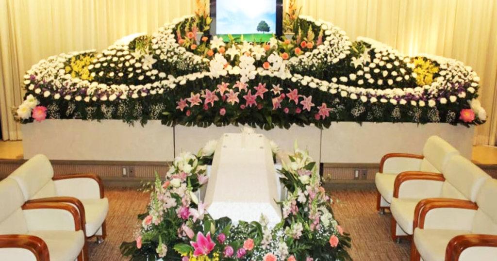 家族親族葬儀場「せせらぎ」