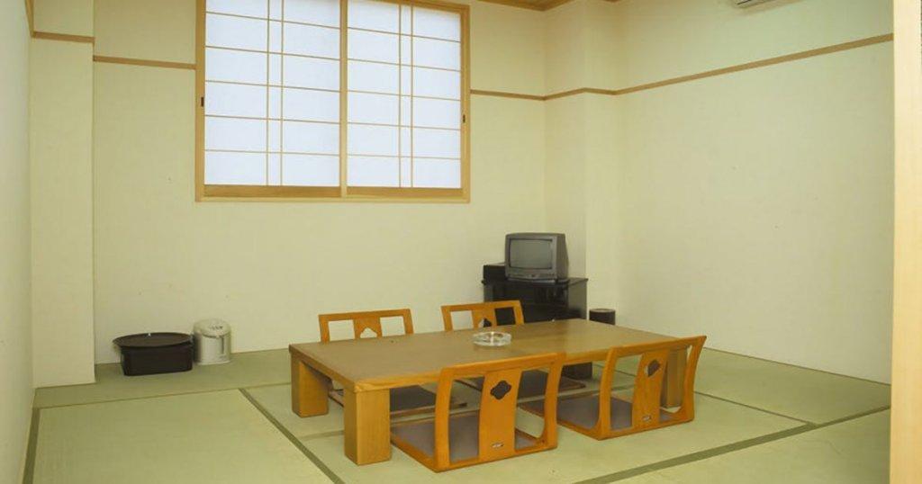 佐賀市兵庫町の民営斎場「北佐賀草苑」親族控え室