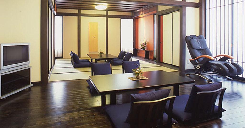 酒田市の民営斎場「セレモニーホール酒田」親族控室、和室