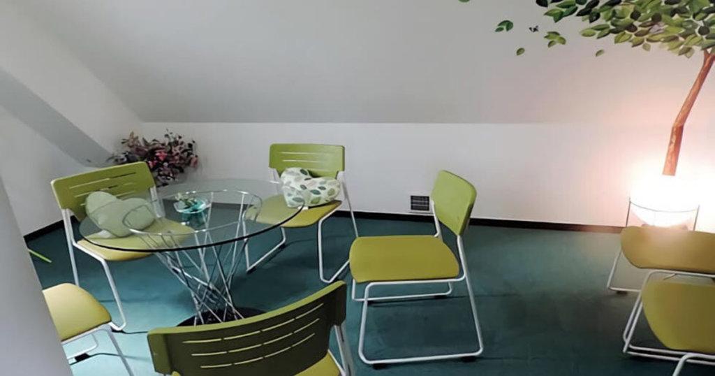 4階の親族控室。僧侶控室としても利用可能