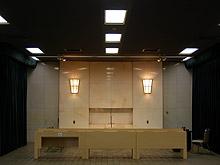 瑞江葬儀所の葬儀式場・お別れホールの内観写真