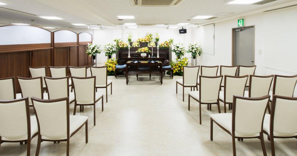 調布市の民営斎場「京王メモリアル調布」葬儀式場