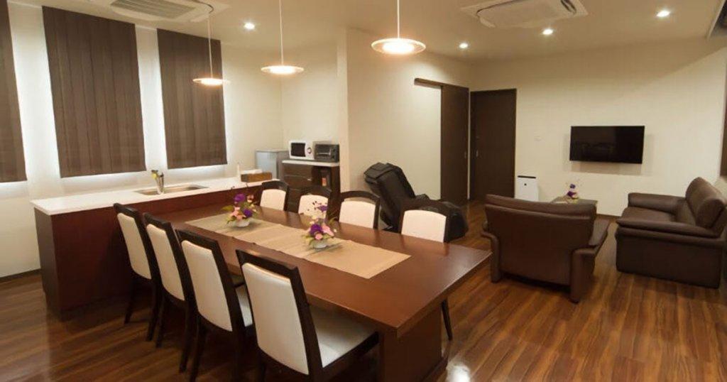 新発田市緑町の民営斎場「セレモニーホールみどり」親族控室