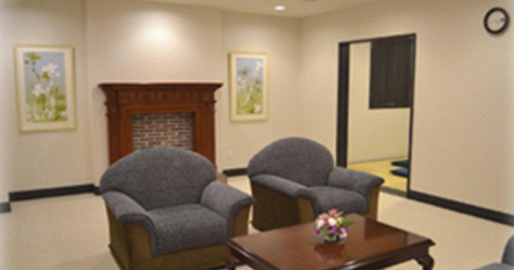 横浜市中区の民営斎場「関内ほうさい殿」親族控室