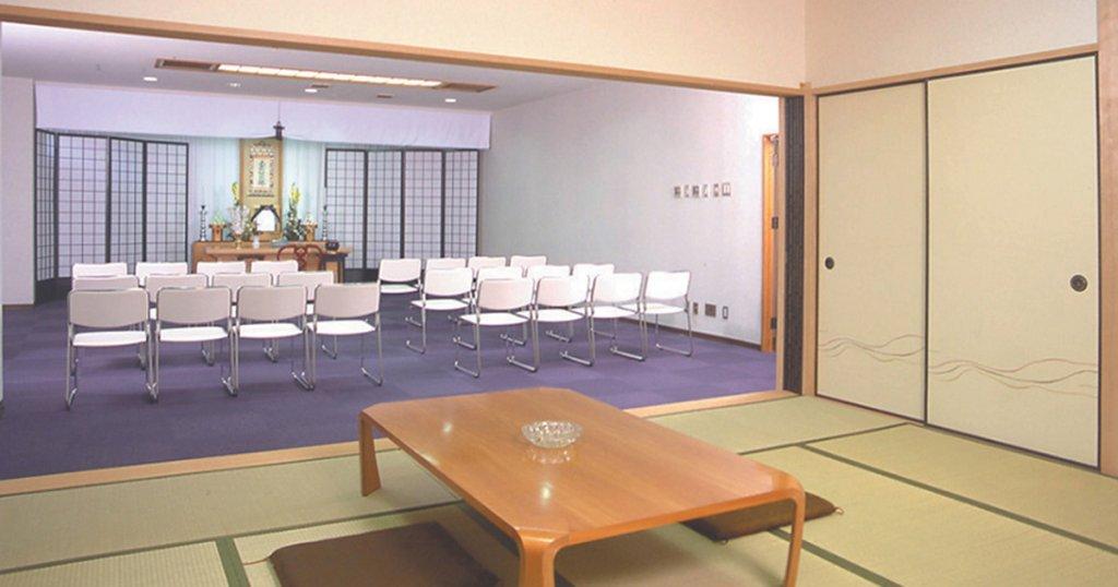 福岡市中央区の民営斎場「福岡草苑」式場、親族控室