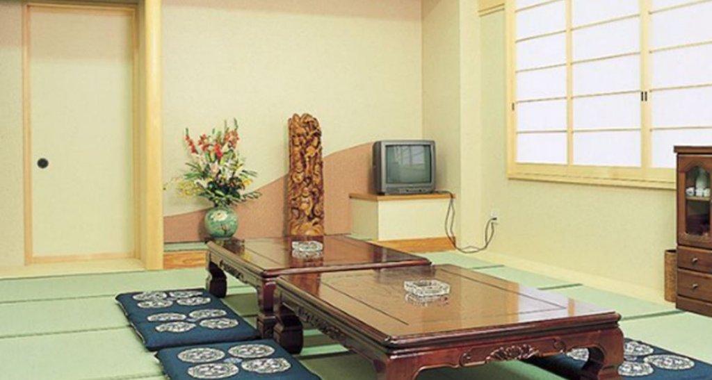 日高法要殿の親族控室