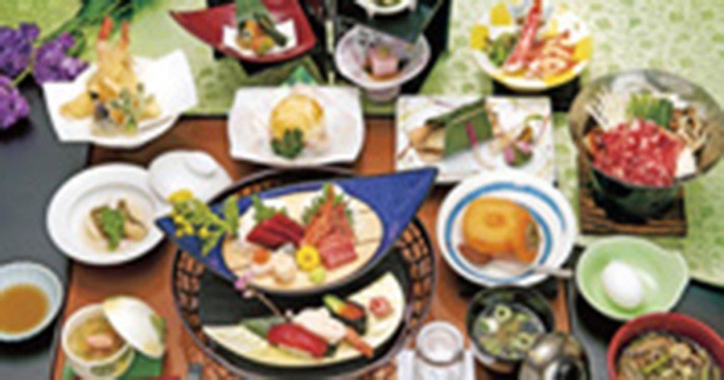 長野市の民営斎場「ハクゼンホール稲田会館」仏事料理