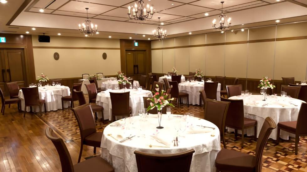 セレモニーホール平安会堂の会食室