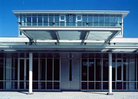 千葉県匝瑳市山桑にある山桑メモリアルホールの外観