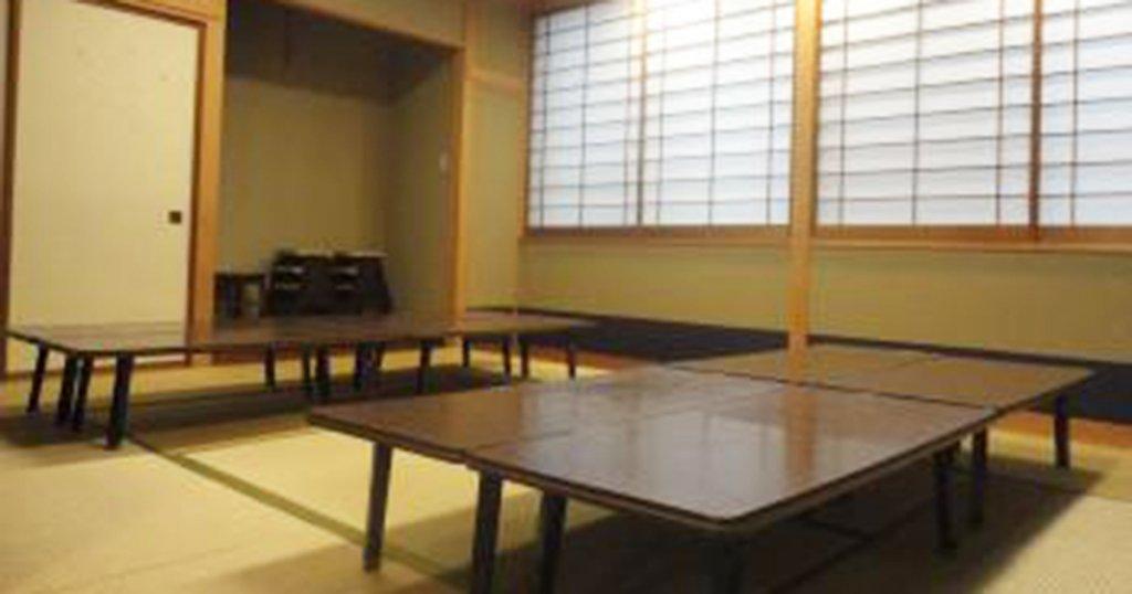 台東区の公営斎場「徳雲会館」親族控室