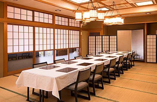 すすきの会館の会食室