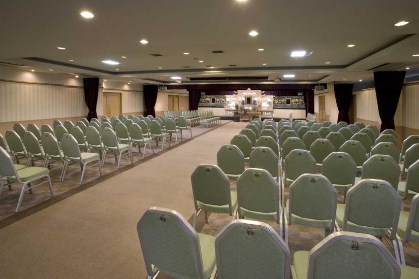 平安会館 本山斎場の式場