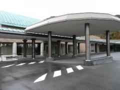東広島市八本松町にある火葬場「ひがしひろしま聖苑」