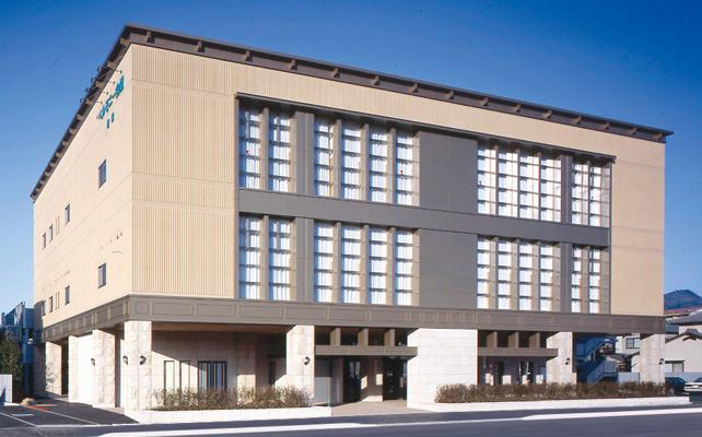 松山市枝松にある民営斎場、ベルモニー会館枝松の外観です