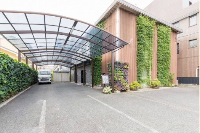 立川市錦町にある民営斎場「森の風ホール」
