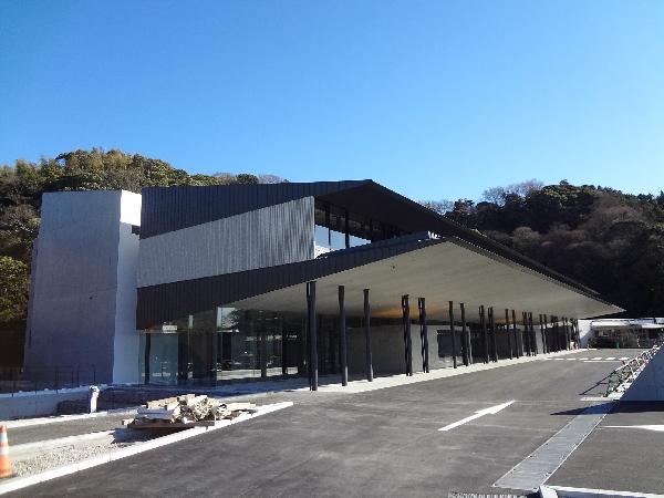 焼津市にある公営斎場「志太広域事務組合斎場」の外観