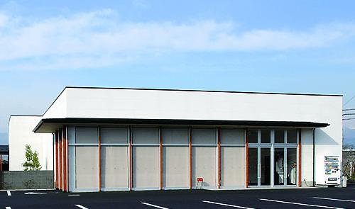 笛吹市八代町北にある民営斎場「アピオセレモニーホール八代」