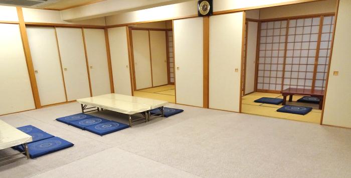 はら南会館の親族控室、ゆっとりとした空間です。