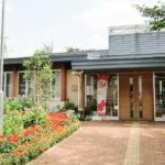 東京都町田市にある公共施設「さくらんぼホール」の外観です。