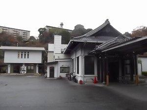神戸市立甲南斎場の外観です