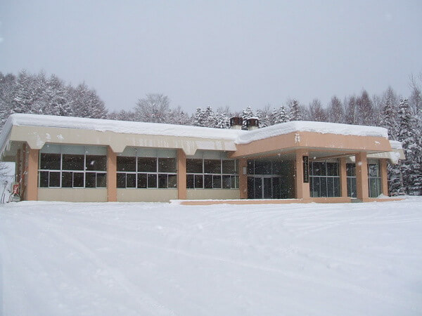 北広島市葬斎場の外観