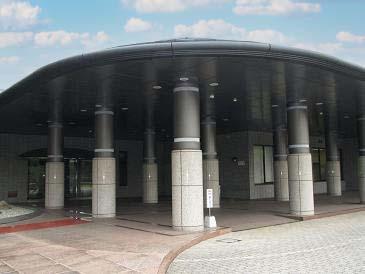 福岡県筑紫野市にある公営斎場「筑慈苑」の外観写真