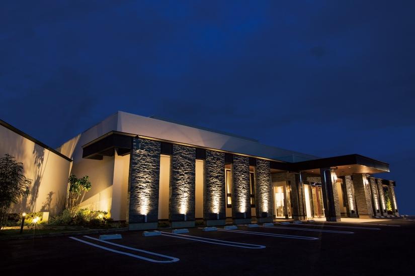 一宮市森本にある家族葬専門式場「カーサシオン一宮」の外観です