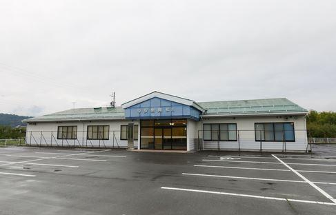下伊那郡松川町にある民営斎場「平安祭典松川斎場」の外観です